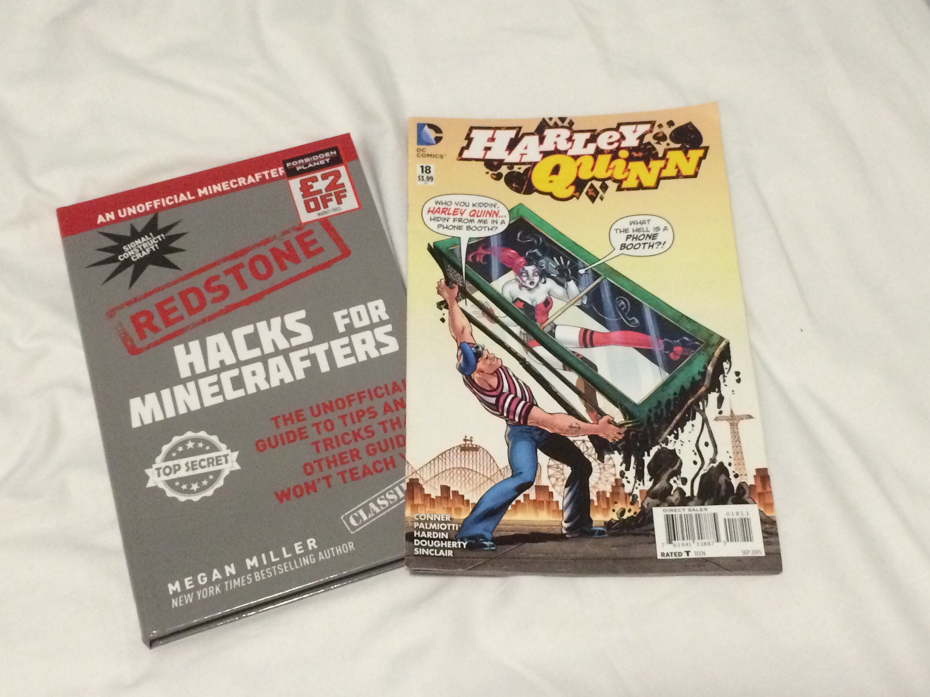 Shopping Haul - Minecraft and Harley Quinn Comic